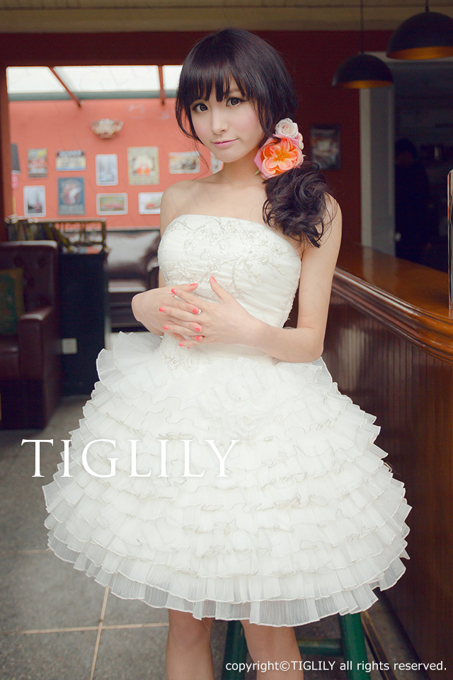 TIGLILY ミニドレス s108