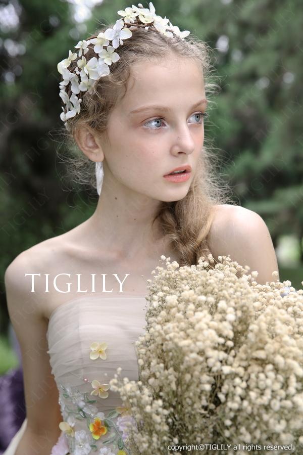 お花のヘッドドレス(髪飾り・花冠)(th022)