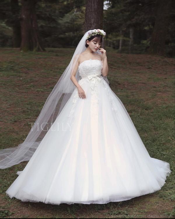TIGLILY ホワイトドレス w109