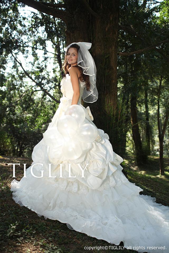 TIGLILY ホワイトドレス w1113