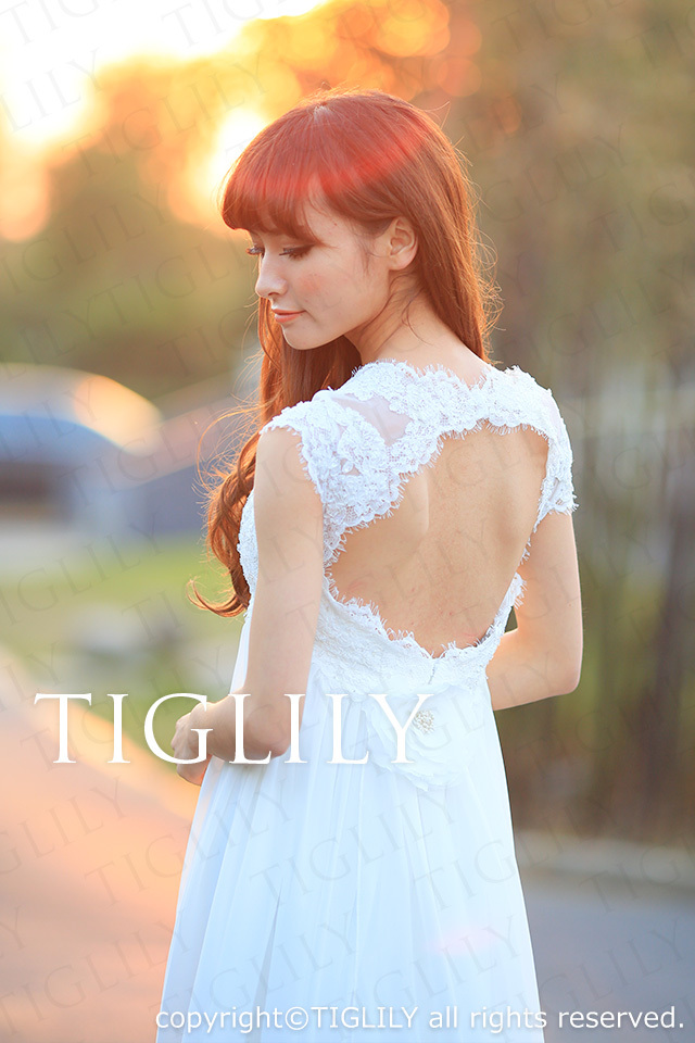 TIGLILY ホワイトドレス w2001