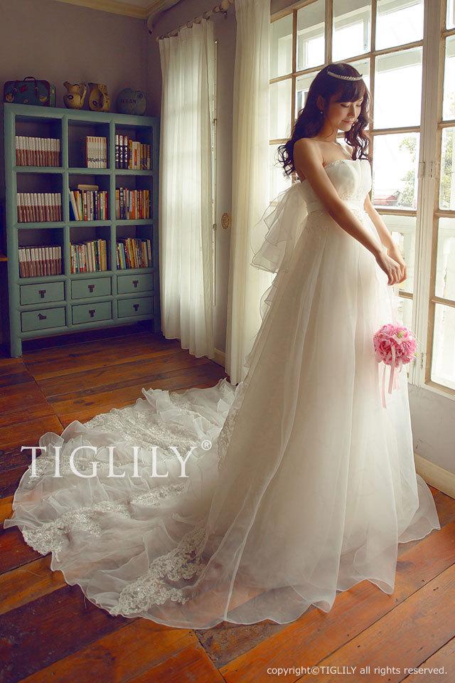 w2007 TIGLILY ティグリリィ ホワイトドレス