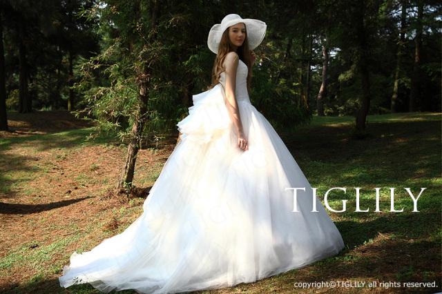 TIGLILY ホワイトドレス w2009