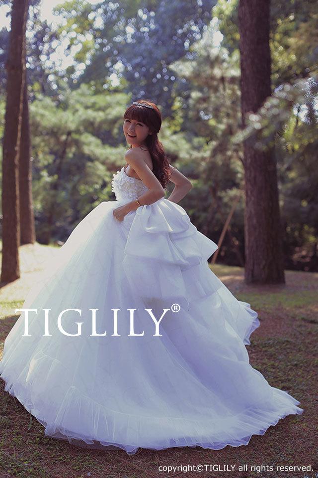w2025 TIGLILY ホワイトドレス