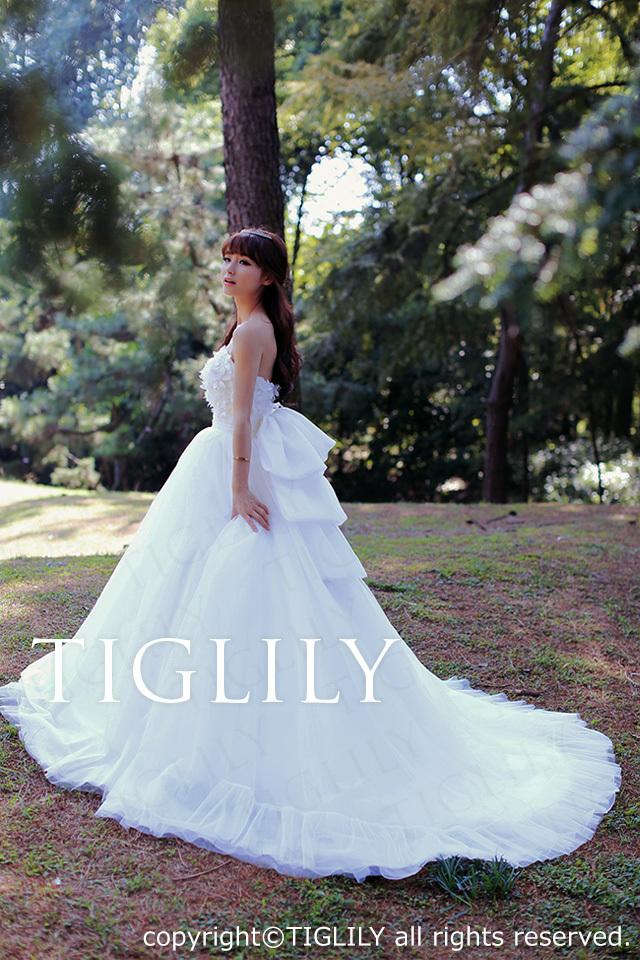 TIGLILY ホワイトドレス w2025