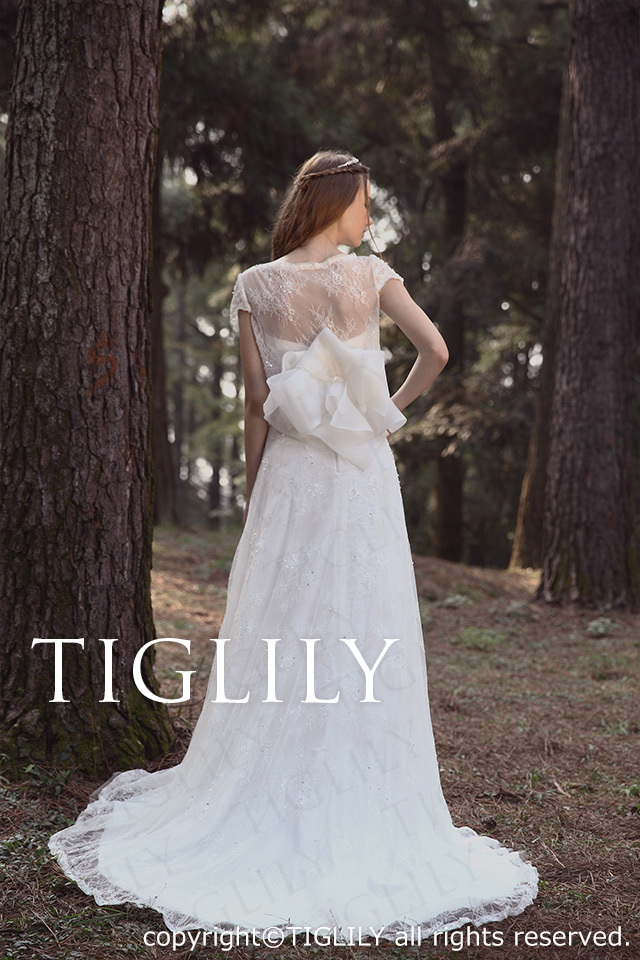 TIGLILY ホワイトドレス w2026