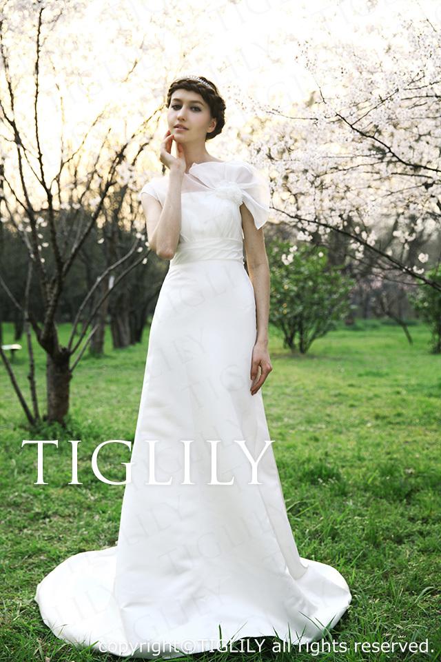 TIGLILY ホワイトドレス w226
