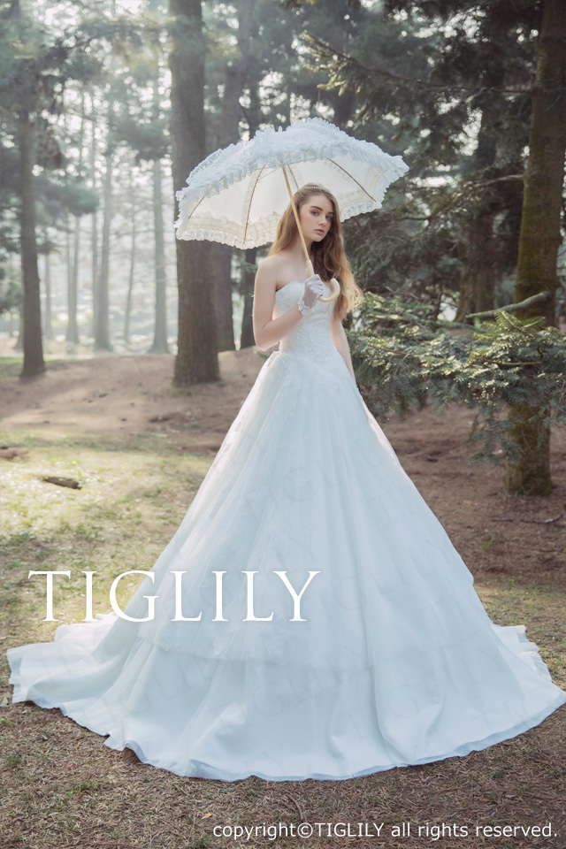 w332 リンダ Linda TIGLILY ティグリリィ ホワイトドレス