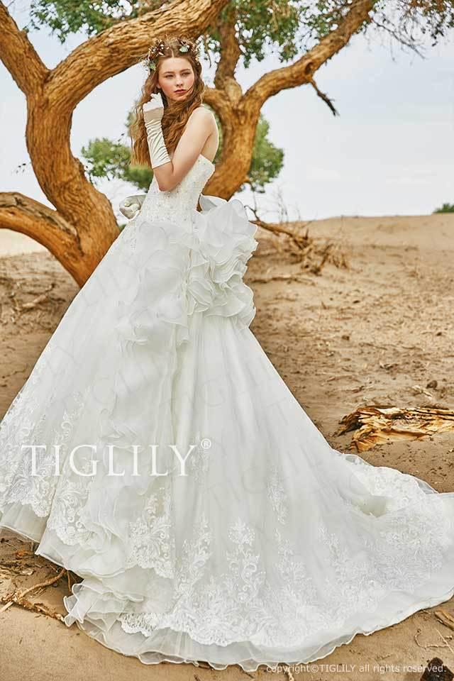 TIGLILYの気品漂うホワイトウエディングドレスw357