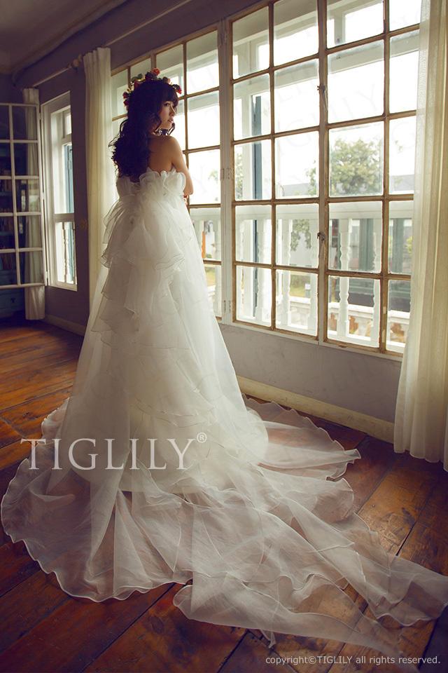w669 TIGLILY ティグリリィ ホワイトドレス