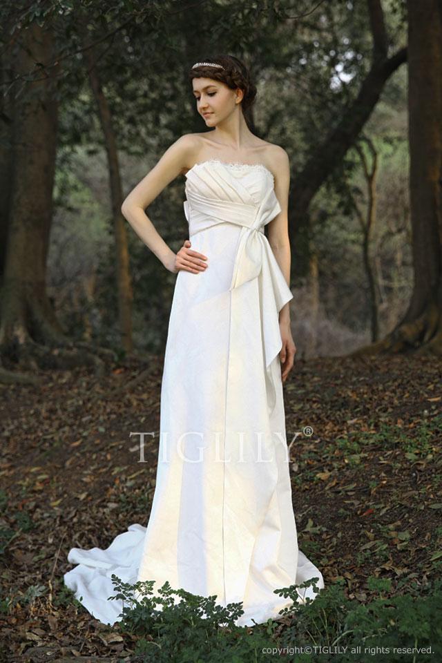 w025 TIGLILY ティグリリィ ホワイトドレス