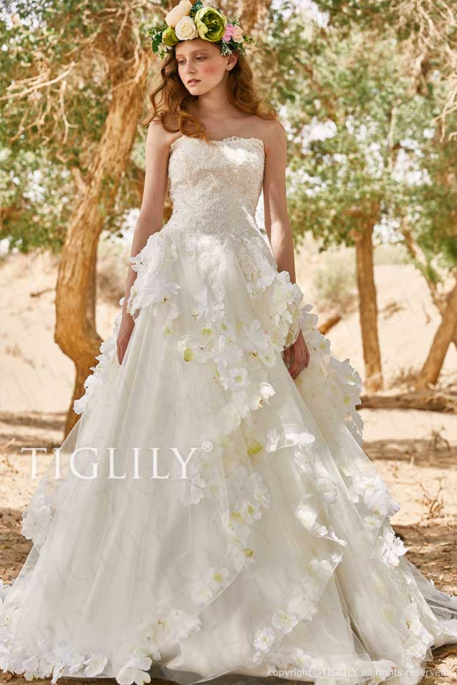 TIGLILYの白のお花を使ったフラワードレス、ホワイトウエディングドレスw367