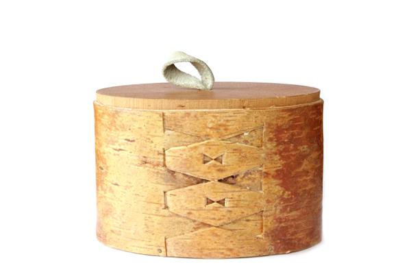 北欧ビンテージ ボックス    曲木のボックス(白樺 オーバル型  )/ スウェーデン