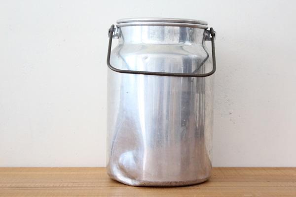 北欧ヴィンテージ            アルミのミルク缶 /  4L