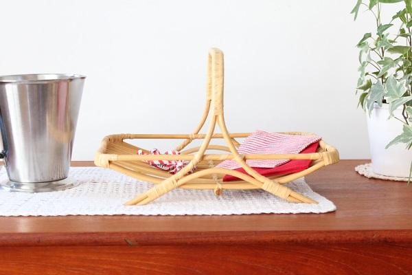北欧ヴィンテージ           木製の卓上ラック