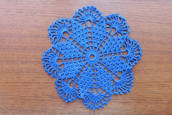 北欧ヴィンテージ           ドイリー(レースの敷物)/花型ブルー