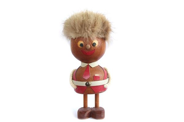 木製トロール  少年(デンマーク)