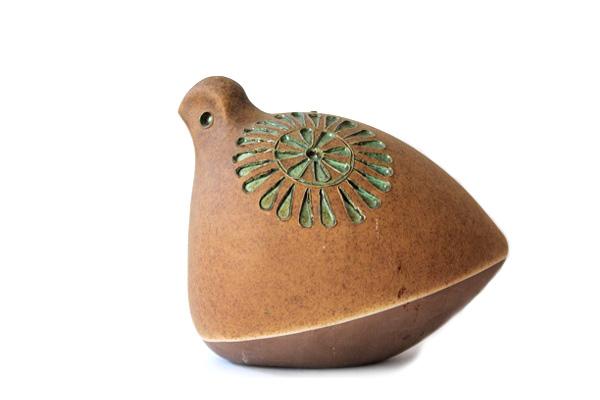 Tomas Anagrius           鳥の置物
