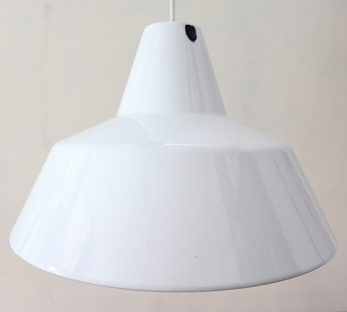 Louis Poulsen          琺瑯ランプ 35cm(ホワイト)