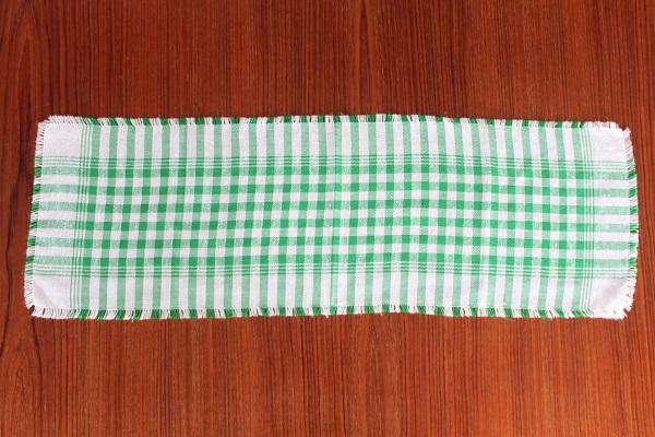 北欧ヴィンテージ         Table center 72cm×24cm / 白×グリーン