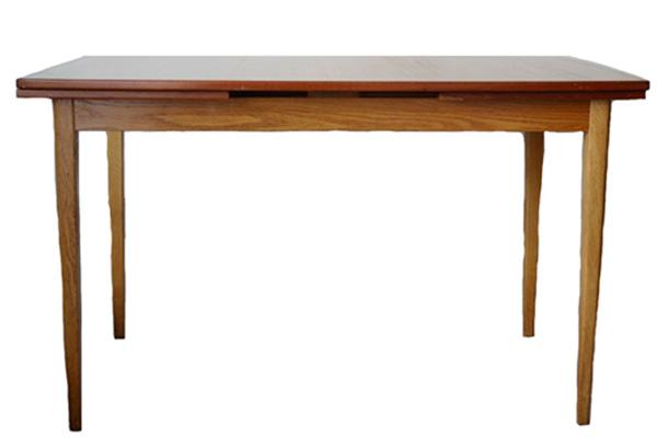 Dining Table (extension) ダイニングテーブル(エクステンション)    / スウェーデン 1960~70's(1月末まで送料無料)