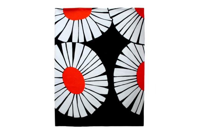 北欧ヴィンテージ          FINLAYSON / 花柄 (Daisy) 125cm×122cm