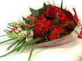 【全国送料無料】ダリア バラ ガーベラ 赤系花束