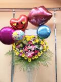 ハート型季節の花 メッセージバルーン コーンブラウンお祝いスタンド
