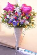 祝い花ピンクバルーン入り クラッシックコーンスタンド