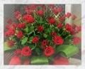 【全国送料無料】バラ50本アレンジメント すっごい豪華なバラだけのアレンジメントロングタイプ