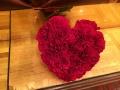 「当店限定商品」ハート&;真っ赤なアレンジ キュートでかわいい女子の心をくすぐるようなハートがた生花アレンジ 記念日やご結婚祝い・プロポーズにも最適