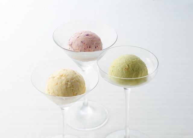 チーズケーキアイスクリーム(プレーン・伊勢茶・ブルーベリー)