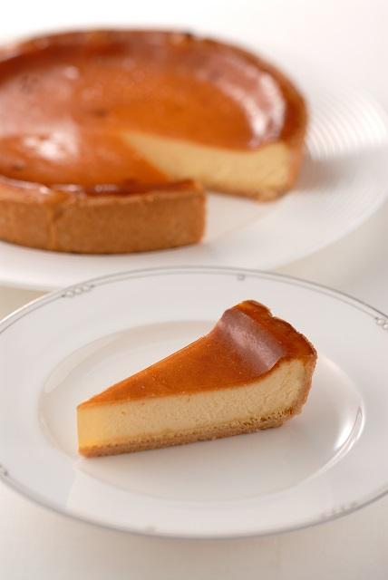 チーズケーキ  (6号18cm)冷凍【木箱入り】