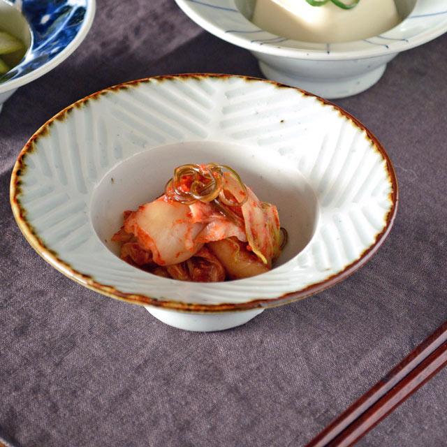 和食器・砥部焼 しのぎの縁付鉢(4寸)