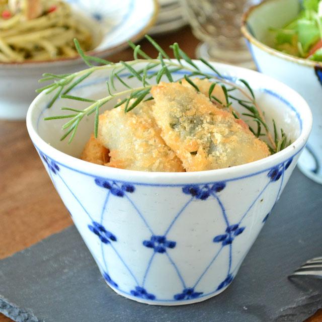 和食器・砥部焼 梅文の小鉢(大)