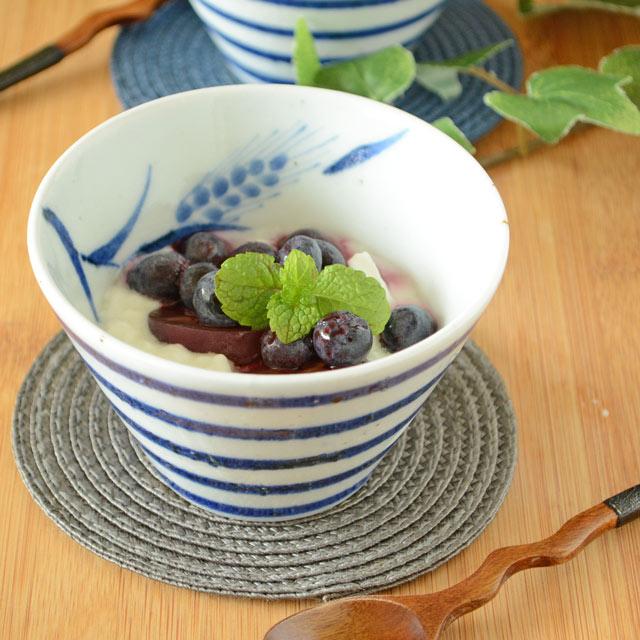 和食器・砥部焼 麦と独楽の小鉢(小)