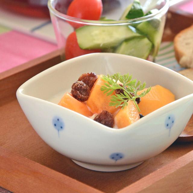 和食器・砥部焼 たんぽぽの四方鉢(3寸)