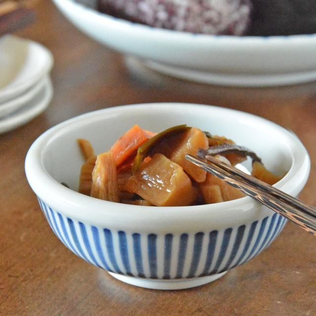 和食器・砥部焼 とくさ柄の玉ぶち鉢(3寸)