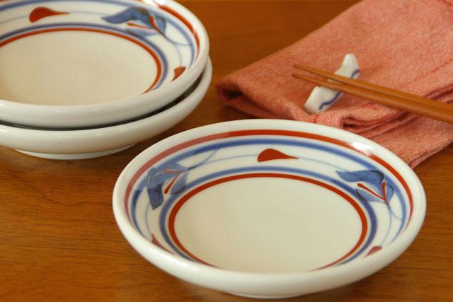 【砥部焼 梅山窯】みつ葉の取皿(4.6寸)