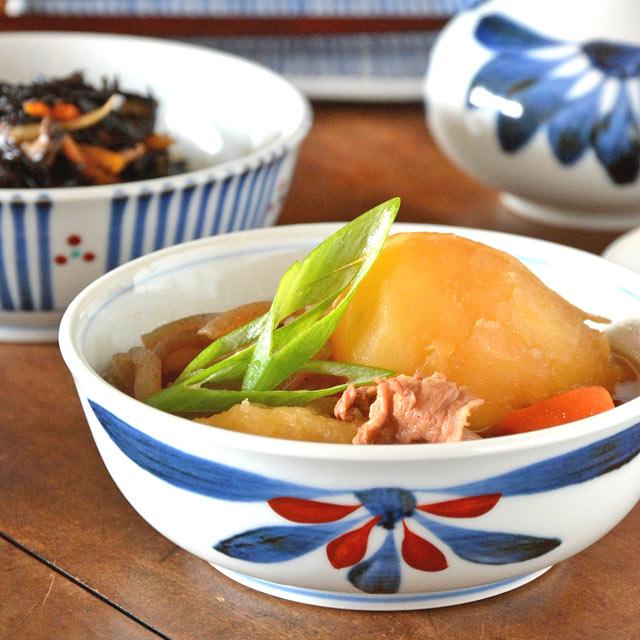 和食器・砥部焼 ごす赤菊の多用鉢(4.7寸)