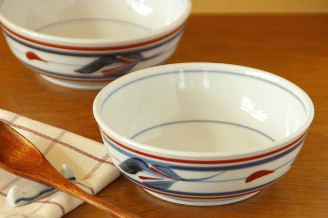 【砥部焼 梅山窯】みつ葉の多用鉢(4.7寸)