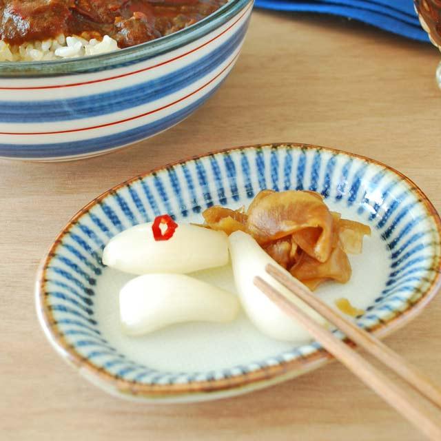 和食器・砥部焼 縁紅とくさの楕円小皿(4寸)