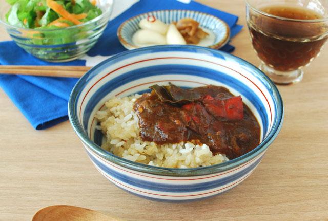 和食器・砥部焼 あい赤ラインの多用鉢(5寸)