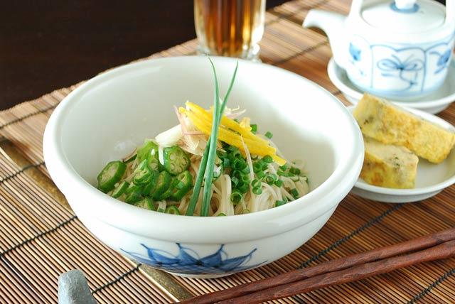 和食器・砥部焼 ひまわりの玉ぶち鉢(5寸)
