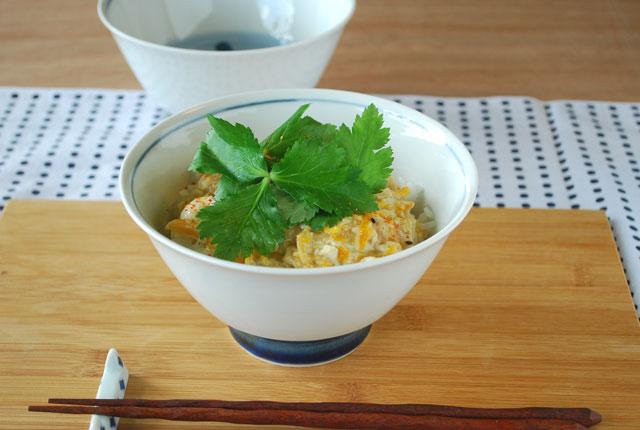 和食器・砥部焼 だみごす花の反碗(5寸)