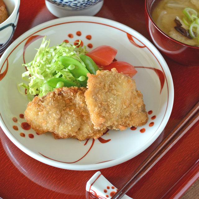 和食器・砥部焼 赤太陽の切立丸皿(6寸)