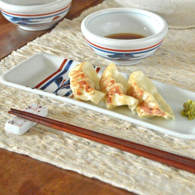 和食器・砥部焼 たてみつ葉の布目細角皿(7.8寸)