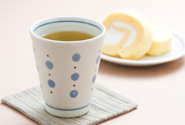 和食器・砥部焼 水玉のコップ