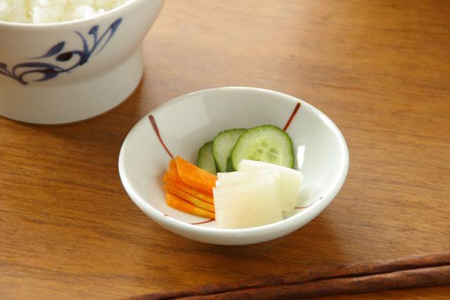 【砥部焼 梅山窯】つるんとまあるい豆小皿(ふうしゃ)