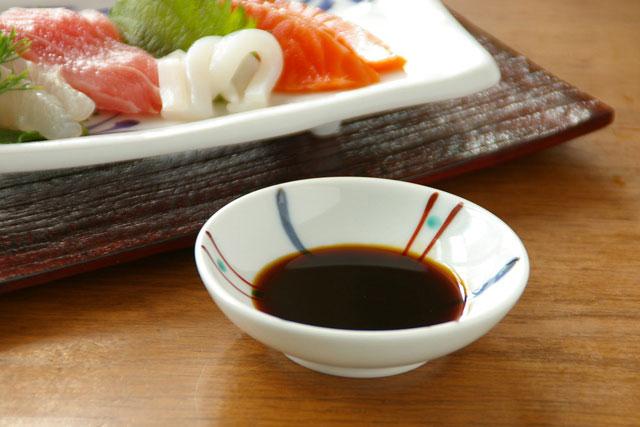 【砥部焼 梅山窯】つるんとまあるい豆小皿(こま)